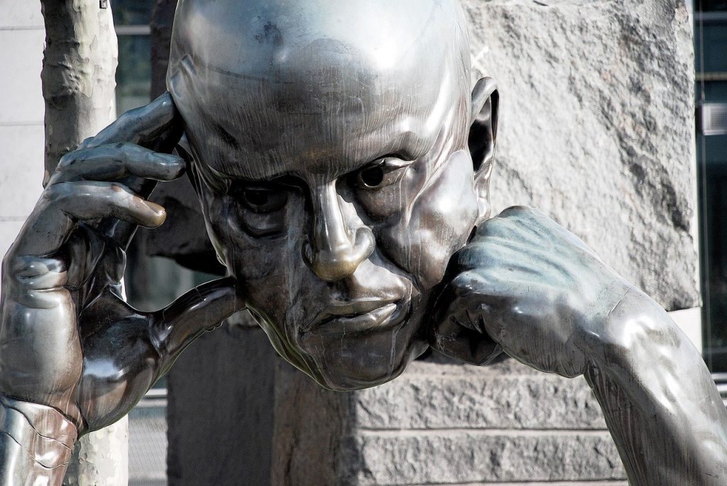 Picture of head sculpture